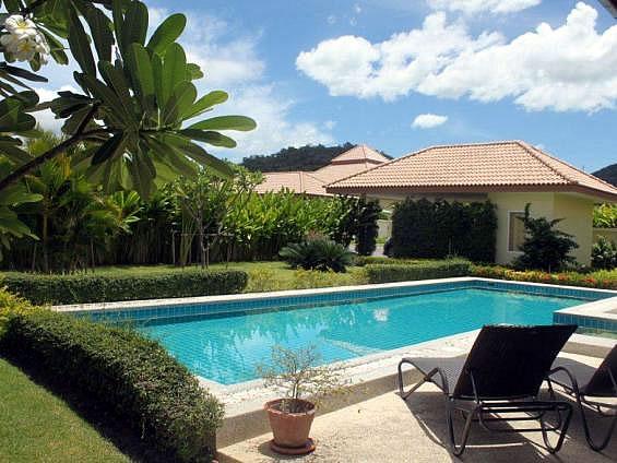 Rent pool villa in Hua Hin
