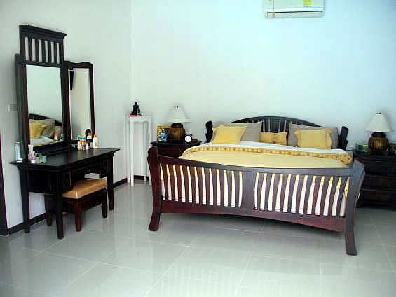 Купить виллу с 5 спальнями в Хуа Хине