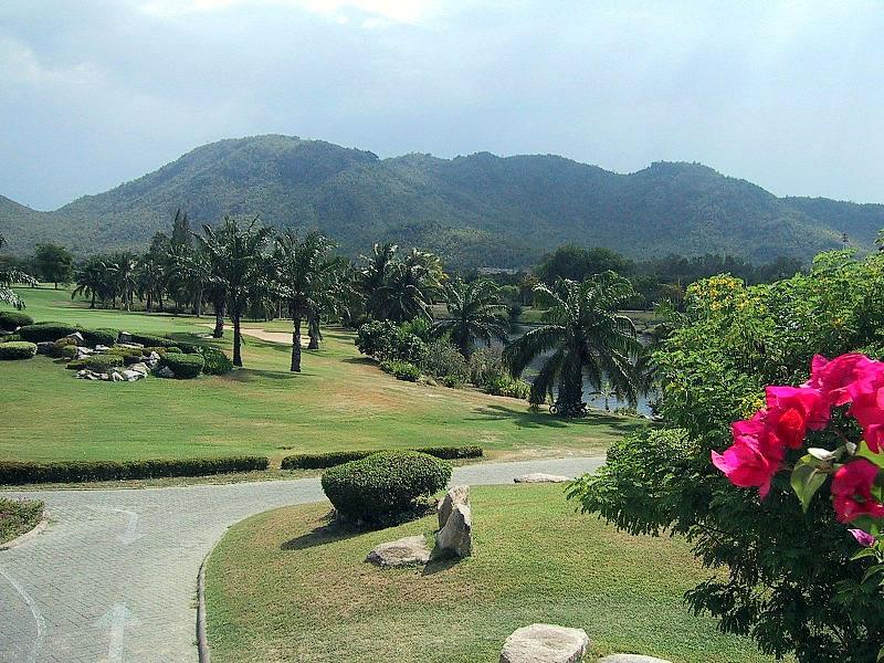 Квартира в аренду в престижном гольф клубе Хуа Хина