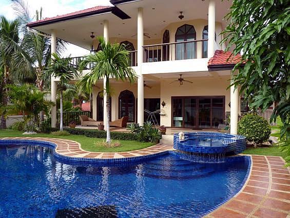 Снять дом в аренду в Хуа Хине