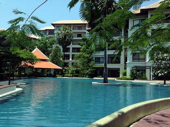 Снять квартиру в Хуа Хине с приватным пляжем