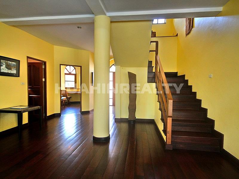 2 этажная вилла в Кристал Вью 15