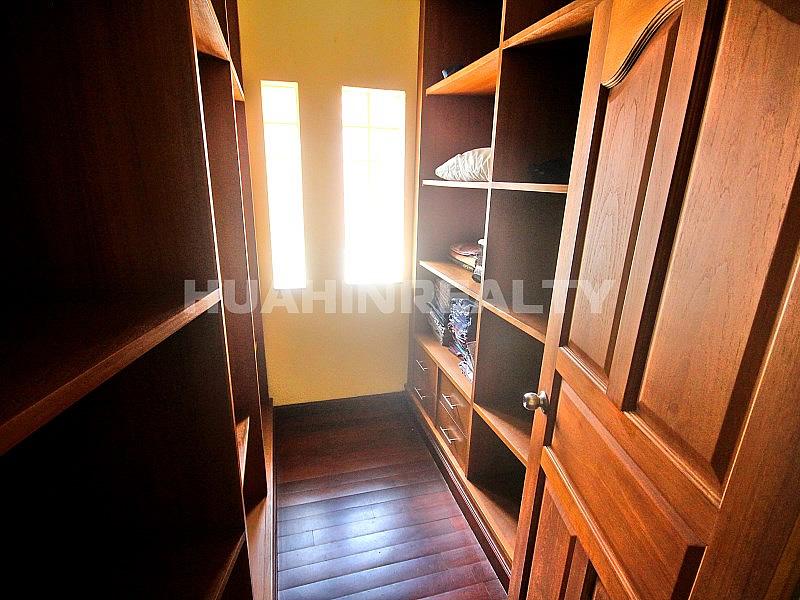 2 этажная вилла в Кристал Вью 27
