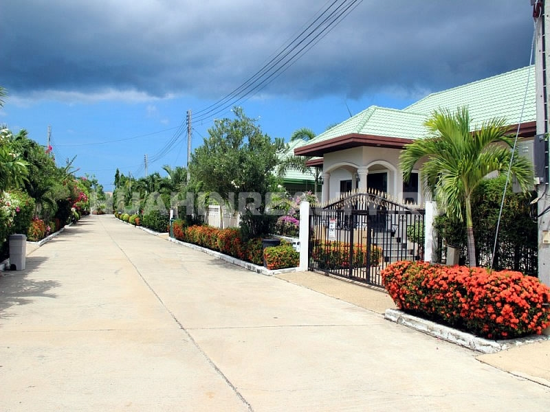 Stewart Park villa for sale