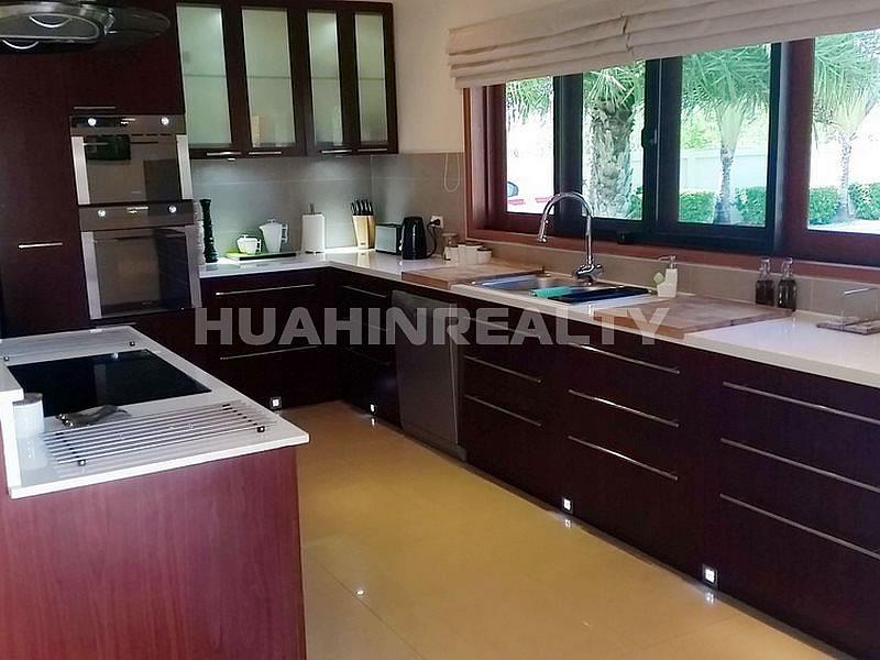 Премиум вилла на продажу в Хуа Хине 25