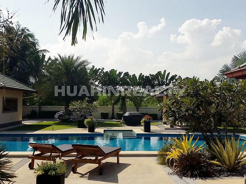 Премиум вилла на продажу в Хуа Хине 31