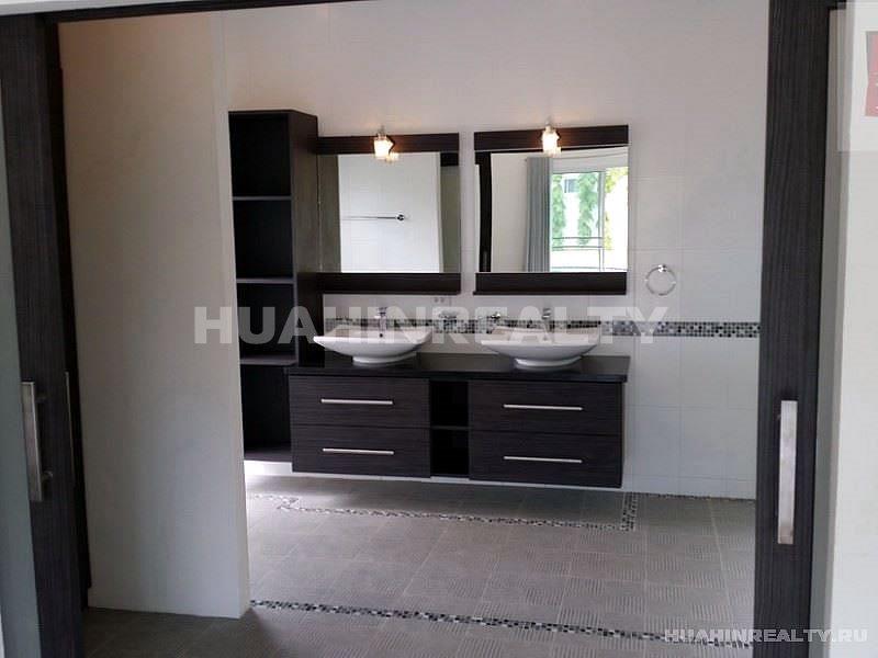 Большая вилла с 5 спальными комнатами в Хуа Хине 12