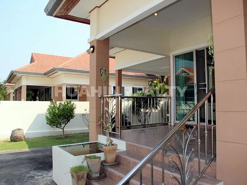 Небольшой дом в Хуа Хине по разумной цене 11