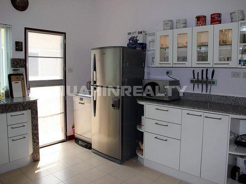 Небольшой дом в Хуа Хине по разумной цене 19