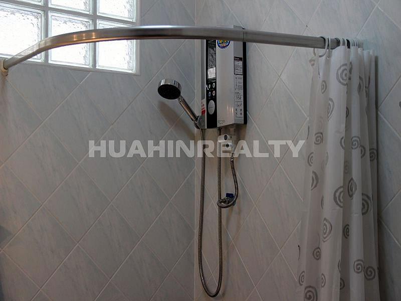 Недорогой дом с бассейном в Хуа Хине 24