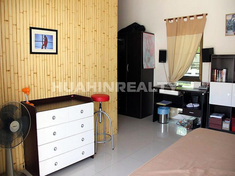 3 спальная вилла в охраняемом поселке в районе Као Тао 36