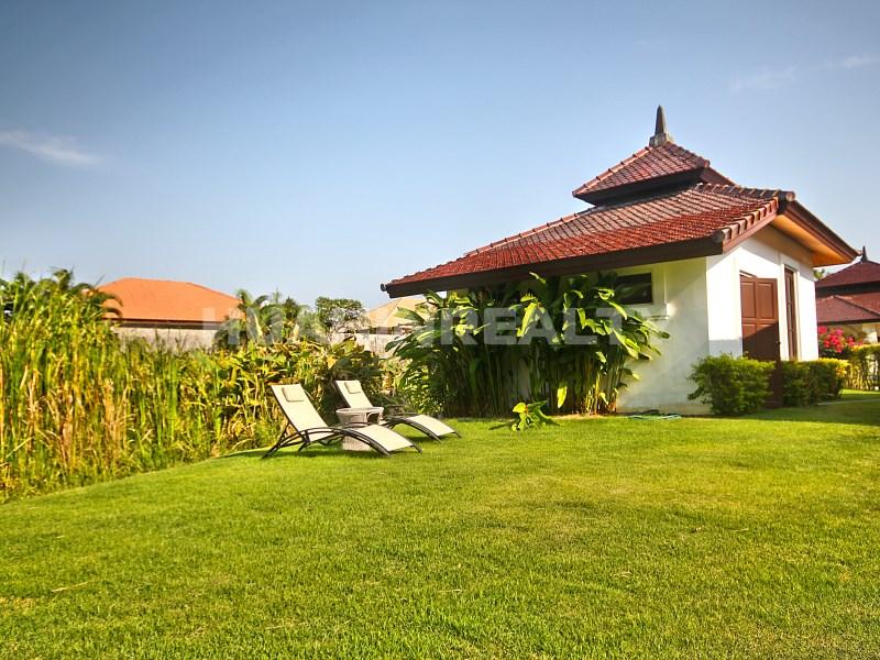 Люкс вилла с 5 спальнями в аренду в Хуа Хине 2