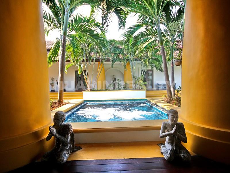 Люкс вилла с 5 спальнями в аренду в Хуа Хине 8