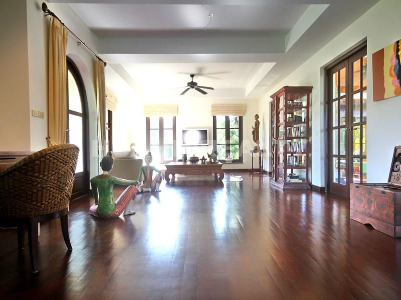 Люкс вилла с 5 спальнями в аренду в Хуа Хине 31