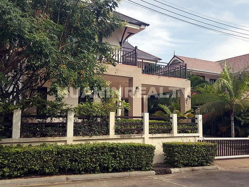 3 спальная вилла в аренду в центре Хуа Хина 2