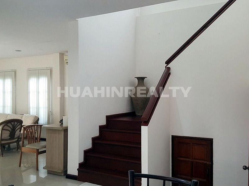 3 спальная вилла в аренду в центре Хуа Хина 12