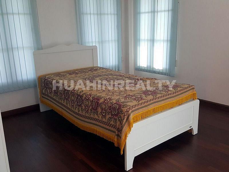3 спальная вилла в аренду в центре Хуа Хина 20