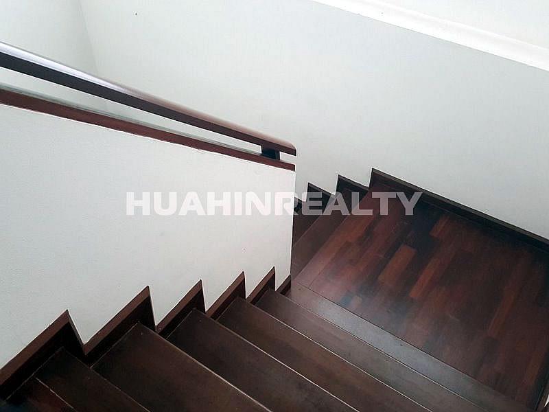 3 спальная вилла в аренду в центре Хуа Хина 24