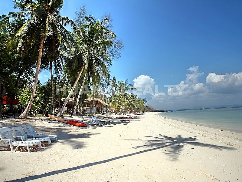 Пляж острова Ко Талу