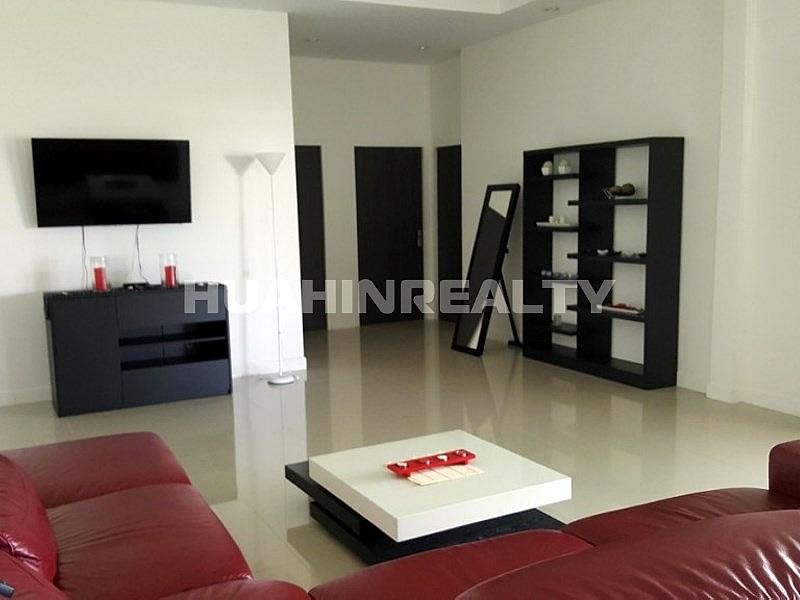 Новая 4 спальная вилла в Хуа Хине на сои 88 11