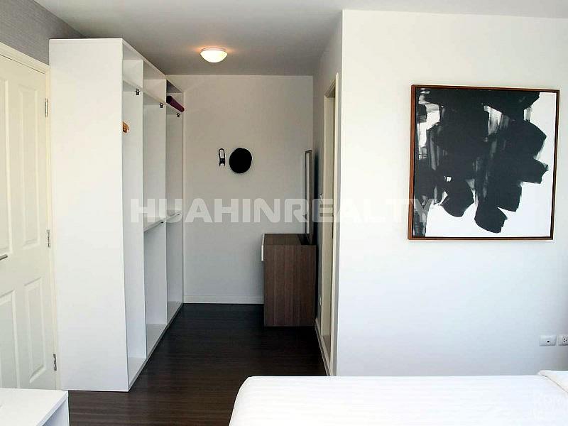 Уютная недорогая двуспальная квартира в минутах от пляжа 6
