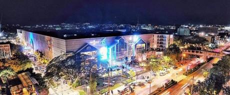 Шоппинг центр Блюпорт в Хуа Хине