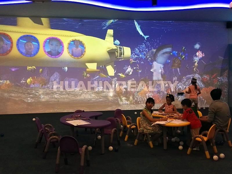 Детская игровая зона в Блюпорт Хуа Хин
